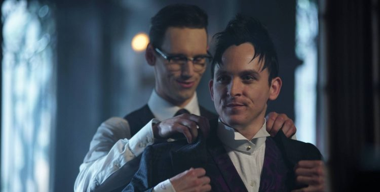 "Gotham: ""Anything for You,"" ""Follow the White Rabbit"" and ""Red Queen"" Recaps"