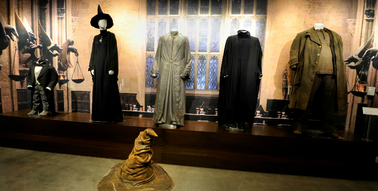 Enter the World of Harry Potter and Fantastic Beasts at Warner Brothers Studio Tour Hollywood!